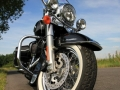 test-harley-davidson-road-king-classic-01
