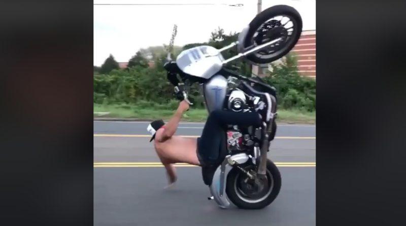 harley-davidson-bez-helmy-a-bez-tricka-video