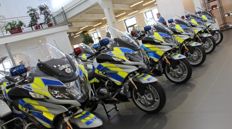 Policie-BMW-R-1250-RT-01