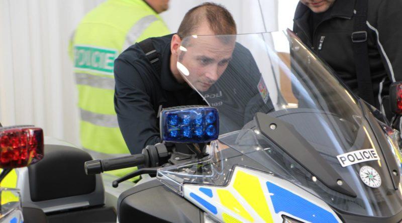 Policie-BMW-R-1250-RT-03