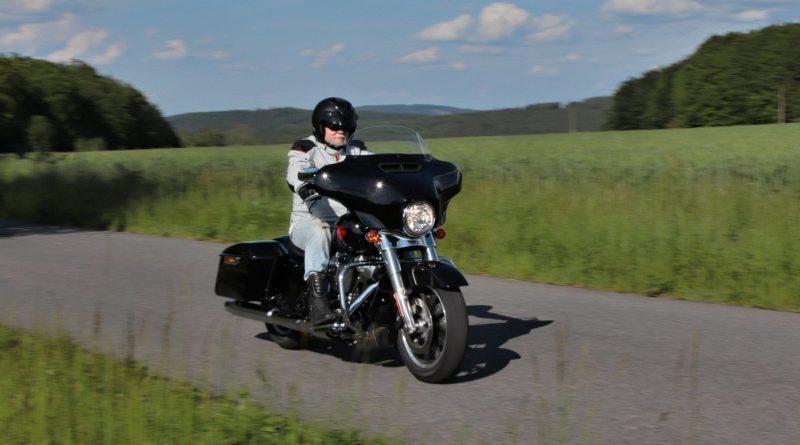 Test-2019-Harley-Davidson-Electra-Glide-Standard- (32)