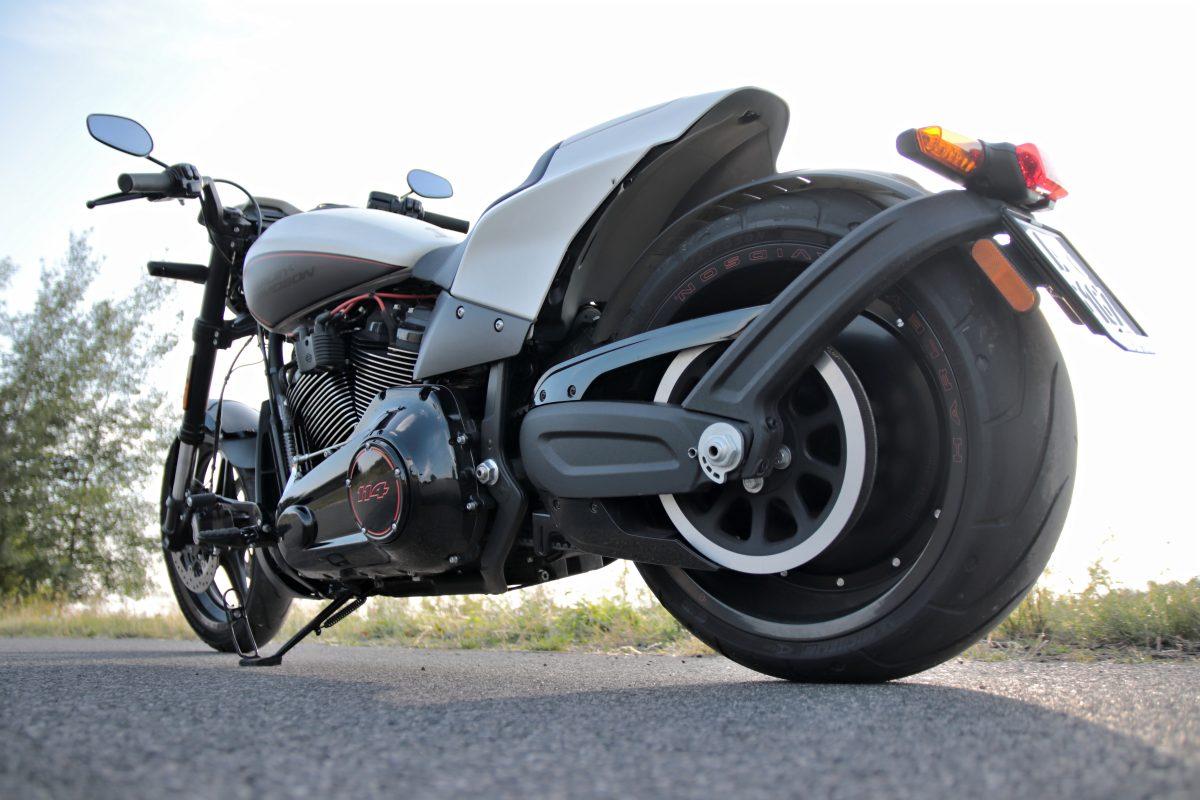 Klíčová role pneumatik i obrana proti rostoucímu počtu krádeží – jak se starat o svůj motocykl?