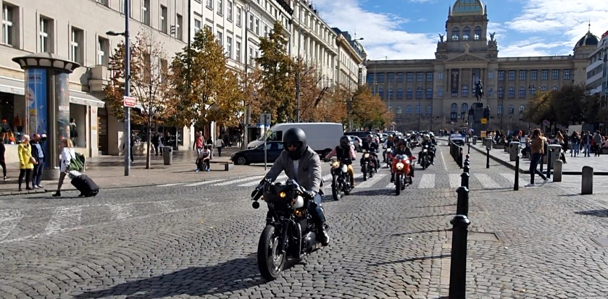 2019-the-distinguished-gentlemans-ride-praha