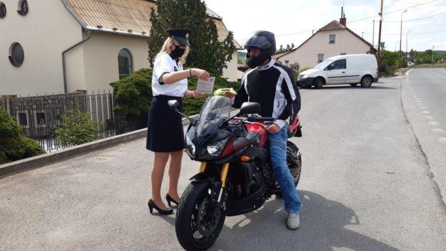 2020-05-policejni-kontroly-motorkaru-vyskov- (5)
