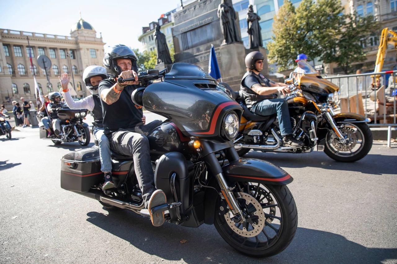 Více jak 23 000 příznivců se sešlo na Prague Harley Days