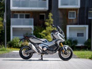 Honda X-ADV se představuje s novinkami pro modelový rok 2021