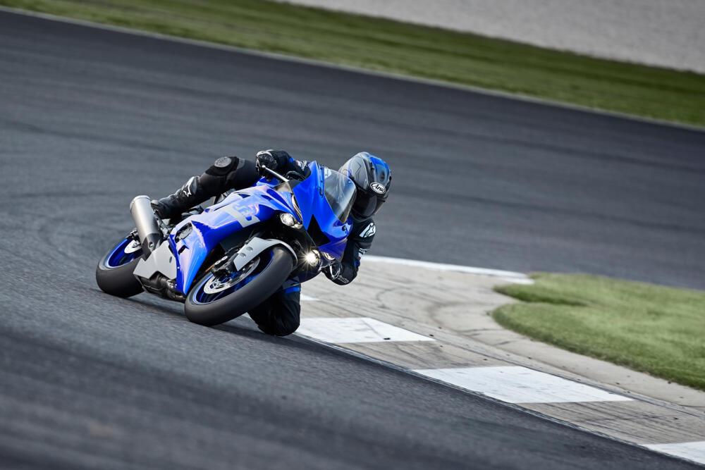 Yamaha představuje závodní nehomologovaný model R6 RACE