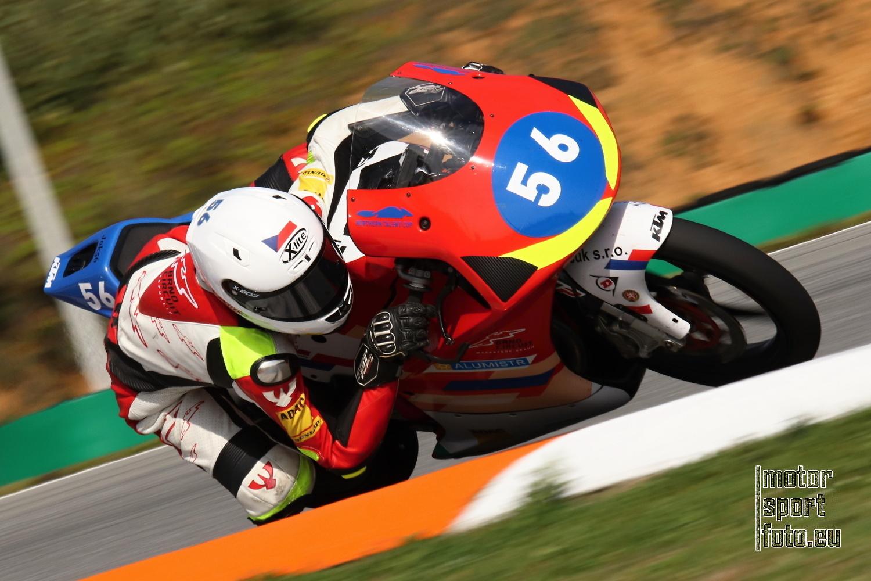 Jonáš Kocourek: Rozhovor s mladým a talentovaným motocyklovým závodníkem