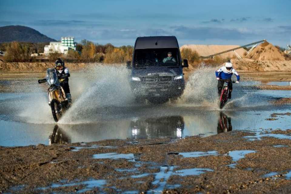 Podmol má nové auto na Dakar od bikerové legendy