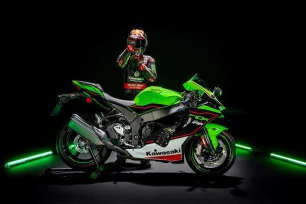 Kawasaki uvádí na trh hlavní modely 2021 a představuje nové technologické inovace